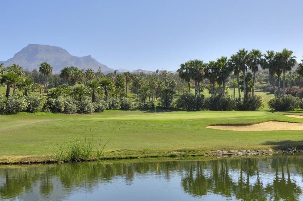 Marre, green et montages sur le golf Las Americas