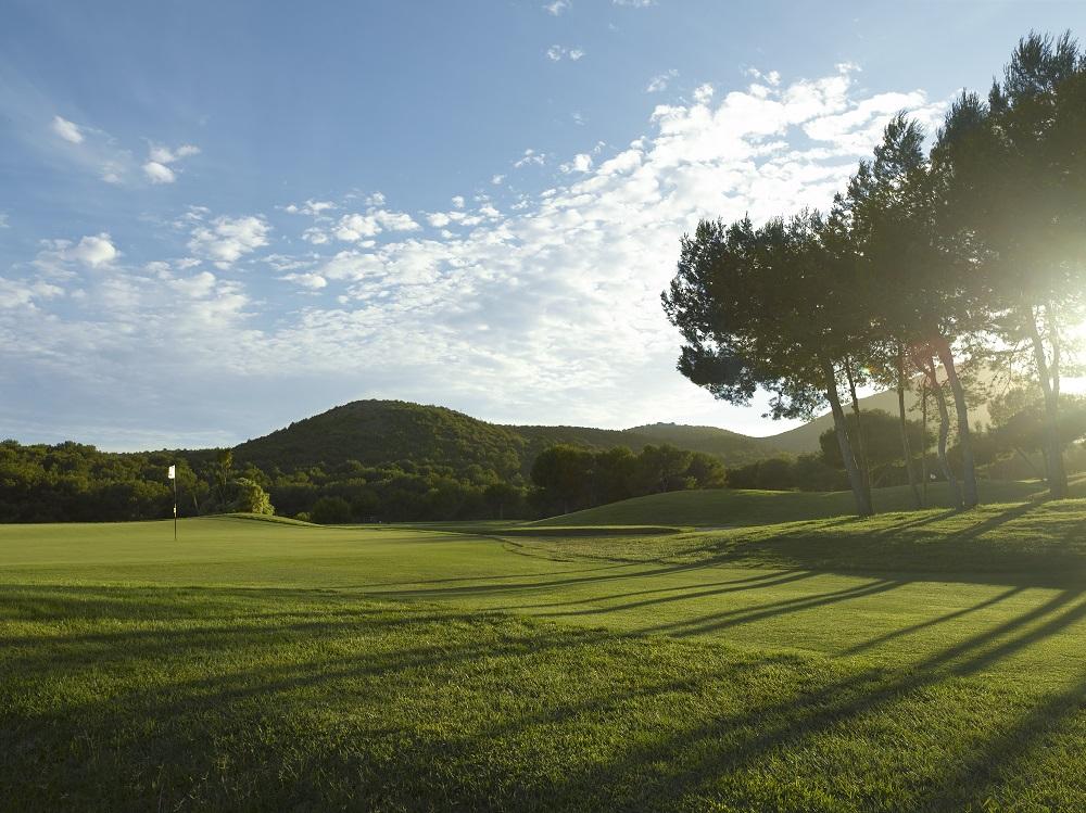 Soleil se couchant sur le golf de La Manga Club