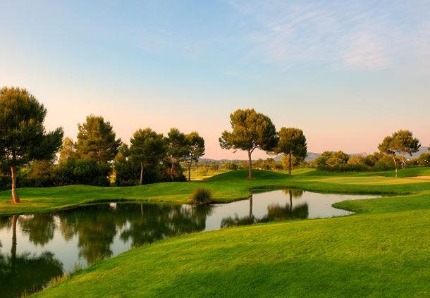 Un étang du golf de Son Antem Ouest.
