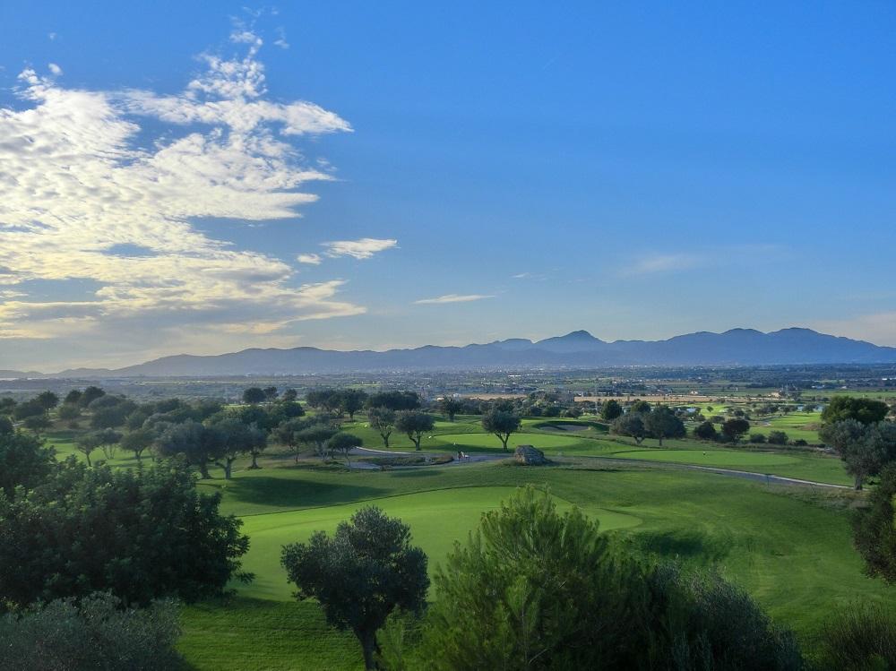Le ciel bleu du golf de Son Gual.