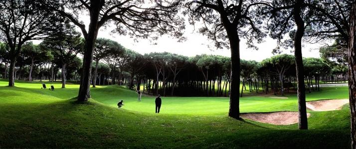 La vue d'un trou du golf le Platja de Pals.