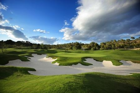 Bunker défendant un green du golf Las Colinas