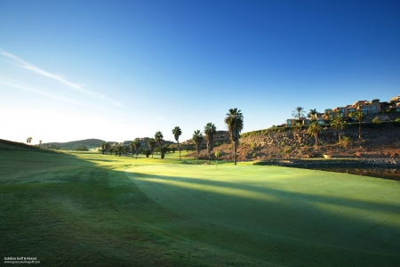 Un green du golf de Salobre Sur.