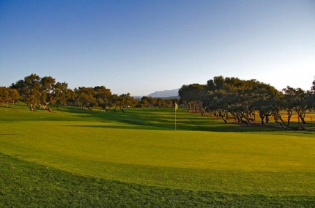 Large green sur le golf de Sotogrande