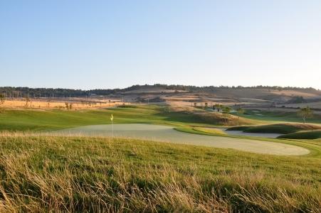 Un green du golf de Saldaña.