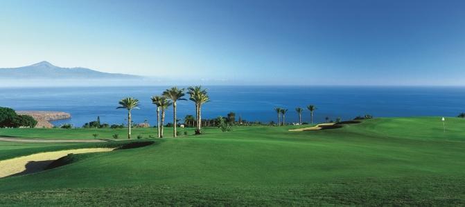 Le panorama du golf de Tecina.